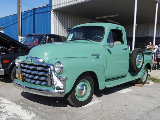 Joe & Janice Drehoble - 1954 GMC 100 Series PickUp